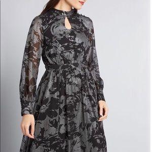 ModCloth  Long Sleeve Chiffon Dress Size Medium